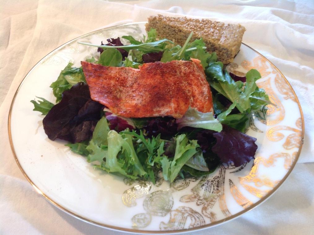 Why you should AVOID Farmed Salmon. +  Recipe: Sockeye salmon on Greens with Homemade salmon seasoning. Great on ribs, pork chops, and baked potatoes, too!  By Jenny @ www.aunaturalenutrition.com
