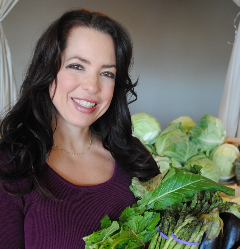 Jenny Yelle, MHNE  Holistic Wellness Educator & founder of Au Naturale Nutrition