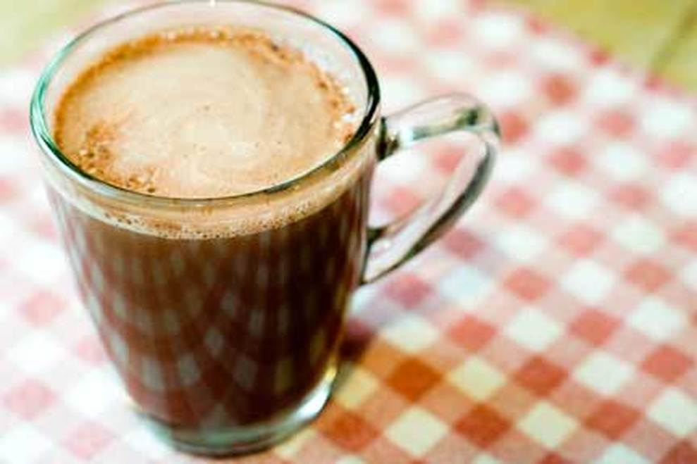Hot Cocoa (dairy free, paleo)  By www.aunaturalenutrition.com