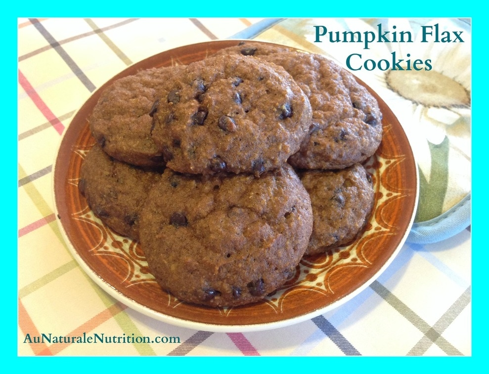 Pumpkin cookies/muffins with flax and chocolate chips, by www.aunaturalenutrition.com